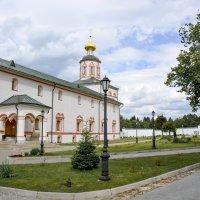 Валдайский Иверский Святоозерский Богородицкий мужской монастырь. :: Виктор Орехов