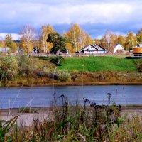 река Юг, набережная в Подосиновце :: ВладиМер