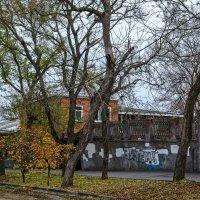 Гуляя по городу :: Константин Бобинский