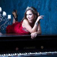 На рояле :: Анита Гавриш