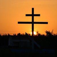 Восход приходит всегда с Востока :: Валерий Лазарев