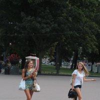 Прогулка парком! :: Руслан Грицунь