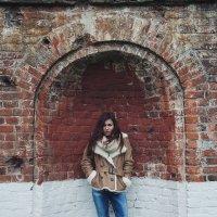 Brick well :: Chris Kosh