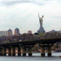 Вид на правый берег Киева :: Владимир Бровко