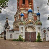 У ворот монастыря :: Константин