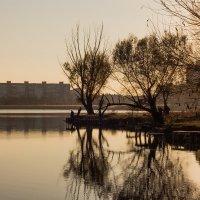 Озеро :: Юрий Гребенюк