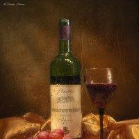 Натюрморт за мокрым стеклом с вином :: Светлана Л.
