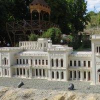 Ливадийский дворец. Миниатюра :: Вера Щукина