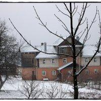 Горошково,дом в далеке :: Natalia Mihailova
