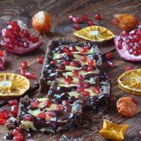 Шоколадный тарт с лимонным курдом. :: Наталья Майорова