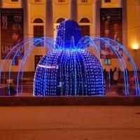 Электронный фонтан :: Александр Буянов