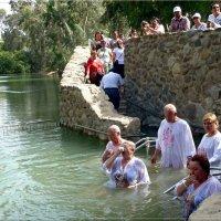 Паломники на реке Иордан. :: Чария Зоя