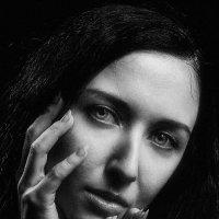 4 Portrait of a girl. :: krivitskiy Кривицкий