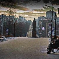 У Хранителя города, свой хранитель... :: Владимир Хиль