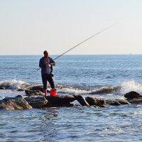 Утренняя рыбалка :: Виктор Шандыбин