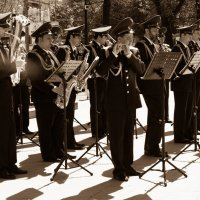 Военный оркестр на Тверском бульваре, на 9 мая :: Виктор Мальгин