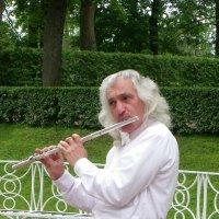 Жемчужная мелодия флейты... ( вар. 1 ) :: Святец Вячеслав