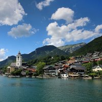 Австрийская деревушка на берегу озера. :: Eduard .