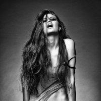 Fashion :: alexia Frame