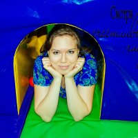 Слышу, кто-то ходит в шкафу… Открываю — а там вещи из моды выходят… :: Наталья Александрова