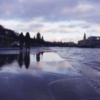 Нева ласкает берега :: Вера Моисеева