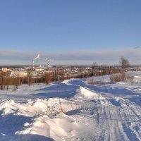 Вид на город Ухту с УРМЗ :: Александр