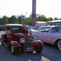 Красивые авто 3 :: Николаева Наталья
