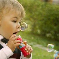 Мыльные пузыри :: Elena Khamdamova