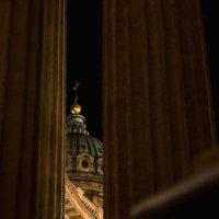Казанский собор за шторами колонн :: Илья Киряков
