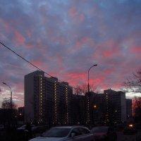 Кто-то собирался поджечь небо. Но минуты через 2-3 пожар потушили. :: Андрей Лукьянов