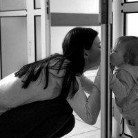 дети растут в любых коридорах :: Ларико Ильющенко