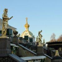Декабрьская прогулка по Петергофу. Уснувшие фонтаны :: Вера Моисеева