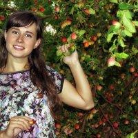 Молодильные яблочки... :: Olga Rosenberg