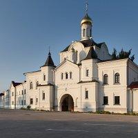 Надвратная церковь прп. Кирилла и Марии :: serg Fedorov