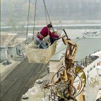 Строительство цирка. :: Валерий Майоров
