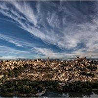 Город просыпается...Толедо.Испания. :: Александр Вивчарик