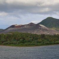 Остывающий вулкан :: Михаил Бобков