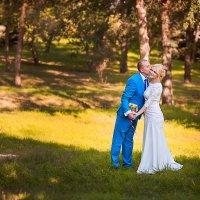 Свадебная прогулка :: Полина Филиппова