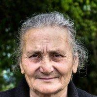 ..Абхазская бабушка.. :: Александр Герасенков