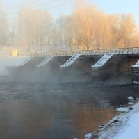мост на реке Тихвинка :: Сергей Кочнев