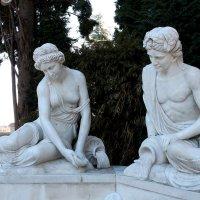 сад Партенит,  античные скульптуры :: elena manas
