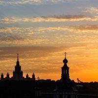 Закат над москвой :: Евгений Белов