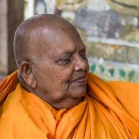 Буддийский монах - 2. :: Edward J.Berelet