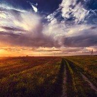 Закат после грозы :: Андрей Пешков