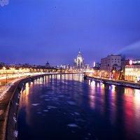набережная Москва-реки :: Дмитрий Седых