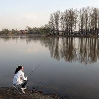 Весенняя рыбалка :: Николай Белавин