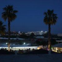 Кипр. Ночное кафе :: Александр Табаков
