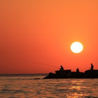 Закат на побережье Черного моря :: Галина Гегешидзе