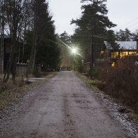 Вечер в посёлке :: Aнна Зарубина
