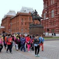В Кремль весёлою гурьбой! :: Владимир Болдырев